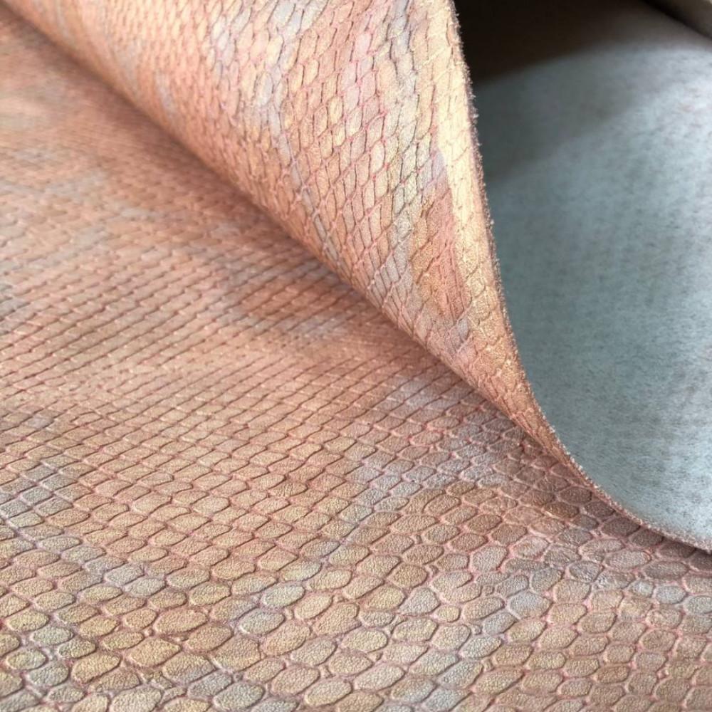 Кожа КРС с тиснением под питона, 0.8-1.0 мм, цвет золотисто-абрикосовый, Италия