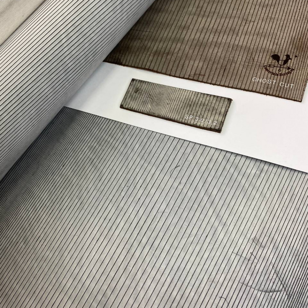 Кожа РД, 1.6-1.8 мм, цвет Nero, Ghost CUT, LA BRETAGNA, Италия