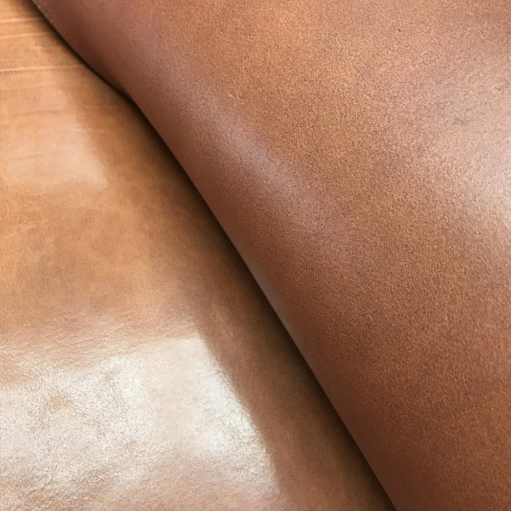 Плечи растительного дубления, 2.8-3.0 мм, цвет 103 light brown, DOUGLAS, MONTANA, Италия