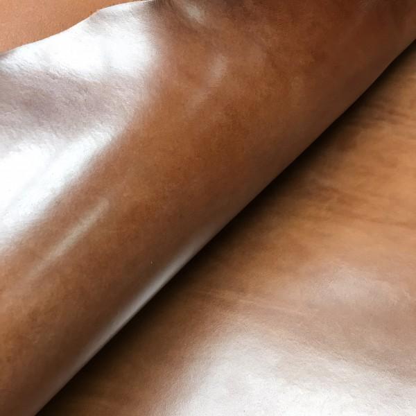 Плечи растительного дубления, 2.8-3.0 мм, цвет 903 коньяк, MEDUSA, MONTANA, Италия