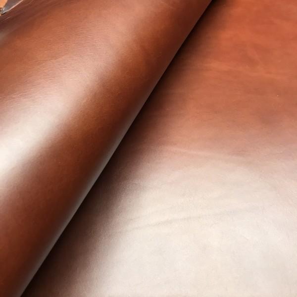 Плечи растительного дубления, 2.8-3.0 мм, цвет 902 коньяк, RIO, MONTANA, Италия